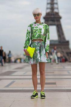 Hanneli Mustaparta in Valentino Paris Street Style Fashion Week Spring 2014 - Paris Fashion Week Spring 2014 - Harper's BAZAAR Look Fashion, Fashion News, Fashion Models, High Fashion, Fashion Trends, Paris Fashion, Street Fashion, Spring Street Style, Street Style Looks