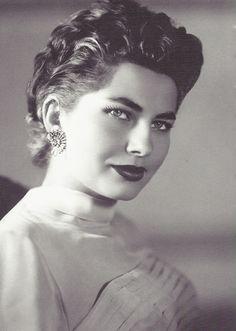Soraya Esfandiari Bakhtiari, seconde épouse du Shah d'Iran, années 1950