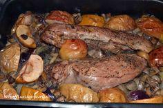 Mușchi de porc la cuptor.  Cu mere și ciuperci