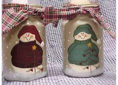 Candle jar Mason Jar Projects, Mason Jar Crafts, Mason Jars, Glass Bottle Crafts, Bottle Art, Christmas Patterns, Christmas Projects, Pots, Amish Bread