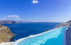 Canaves Oia Luxury Hotel in Santorini is one of the best boutique hotels in Greece, located in the scenic setting of Oia Santorini, offers a view of Caldera. Imerovigli Santorini, Santorini Villas, Santorini Greece, Greece Hotels, Pool Prices, Best Boutique Hotels, Beautiful Villas, Beautiful Homes