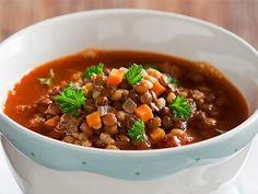 Besoin de dépaysement et de chaleur? Essayez cette soupe végétarienne marocaine aux lentilles, #végétarienne #soupe // Need an escape and a little heat? Try this vegetarian Moroccan lentil soup, #vegetarian #soup