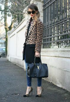 Straight lines. Leopard coat