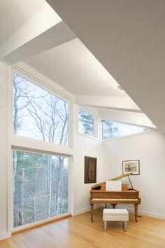 Spectacular and Original: Miller/Carr Residence