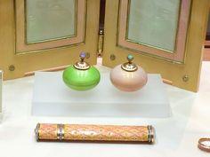 Fabergé desk accessories including a pair of gum-pots, sealing wax case and a photograph frame (A La Vieille Russie)