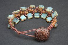pretty macrame bracelet