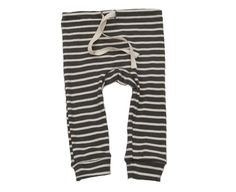 everyone's favorite leggings, super soft and slim-fitting with a twill tape drawstring and circle gusset on the seat.all of our organic cotton products are made ethically in the usa from start to finish, from the cotton, through the custom low-impact dying and finally to the sewn garment.charcoal with natural stripe3m, 6m, 12m, 18m, 2/3100% organic cottonmade in usa