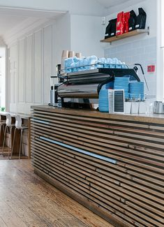 COLONNA & SMALL'S Speciality coffee shop