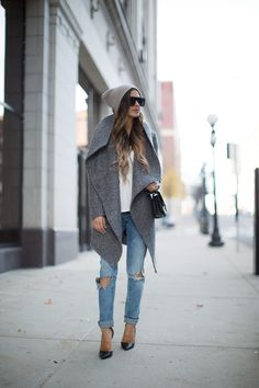 GRAY LAYERS. Mia Mia Mine waysify
