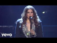 Lady Antebellum - Need You Now (Live) Now and everyday! Lady Antebellum, Music Songs, My Music, Music Videos, Music Mix, I Need You Now, Run To You, Caroline Corr, The Voice