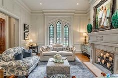 Get ready for the cold weather with these comfy and elegant home decor trends! Ceiling Design Living Room, Home Room Design, Home Interior Design, Living Room Designs, Living Room Decor, House Design, Mansion Interior, Luxury Homes Interior, Elegant Home Decor