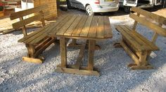 DIY Pallet Picnic Table with Benches | 99 Pallets