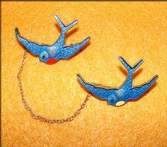 ART DECO Vintage ENAMELED BLUEBIRD SWALLOW Chatelaine BROOCH