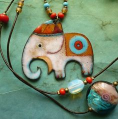 Awesome little enamel elephant necklace! Thinking of the upcoming class at The Artist Box in Atchison, Kansas.