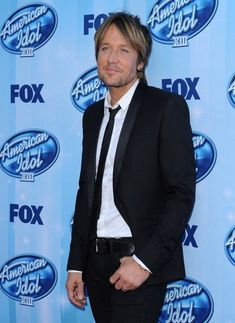 Keith Urban Photos - Arrivals at the 'American Idol' Season Finale - Zimbio