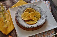 Pastel árabe de naranja.   Cuchillito y Tenedor