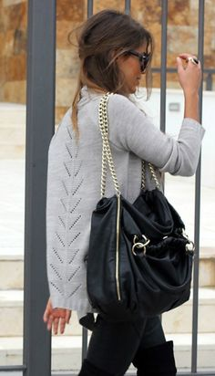 33 Trendy Street Style Winter Outfits 23 Sexy Casual Style Looks To Update You Wardrobe Today – 33 Trendy Street Style Winter Outfits Source Fashion Moda, Look Fashion, Womens Fashion, Fashion Trends, Fall Fashion, Fashion Boots, Net Fashion, Latex Fashion, Sweater Fashion