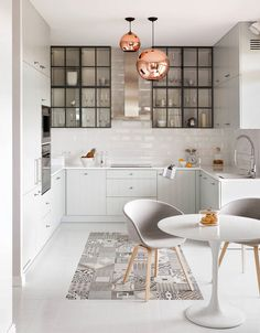Luxury Kitchens - Regardless of whether you're planning for a move to another house or you essentially need to a kitchen redesign, these astounding kitchen Minimalist But Luxurious Kitchen Design thoughts will prove to be useful. Farmhouse Kitchen Cabinets, Modern Farmhouse Kitchens, Black Kitchens, Luxury Kitchens, Kitchen Tiles, Kitchen Flooring, New Kitchen, Home Kitchens, Kitchen Black