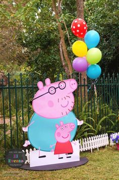 Peppa Pig 3rd birthday party via Kara's Party Ideas KarasPartyIdeas.com Printables, cake, decor, desserts, games, and more! #peppapig #peppapigparty (13)