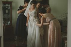 Even the wedding day seems to be a little bit confusing to some people, and the rain on your wedding day can be a family tradition already, we had a great Bridesmaid Dresses, Wedding Dresses, Family Traditions, On Your Wedding Day, Wedding Photography, Fashion, Wedding Shot, Alon Livne Wedding Dresses