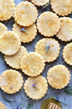 Orange Honey Lavender Shortbread Cookies | Edible Flowers
