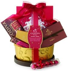 Give the gift of holiday cheer with Godiva's Holiday Cheer Gift Basket. This beautiful gift basket is packaged in a keepsake hat box that is filled with delicious Godiva chocolate treats. Dark Chocolate Bar, Chocolate Treats, Delicious Chocolate, Holiday Gift Baskets, Holiday Gifts, Cheer Gifts, Gifts For Boss, Presents, Red Ribbon