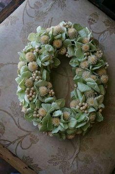 Pale green wreath