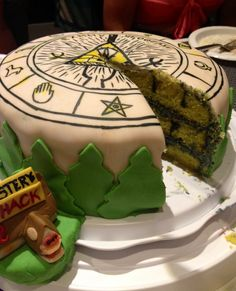 Illuminati Dorito  Gravity Falls cake! This masterpiece was created by all-kinds-of-unusual and it receives a well deserved 10/10! :D