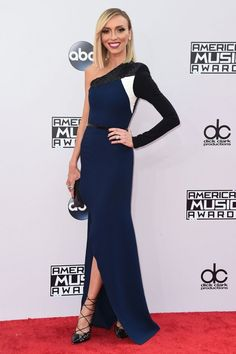 Giuliana Rancic in an Alex Perry gown and Christian Louboutin shoes at the 2014 #AMAs