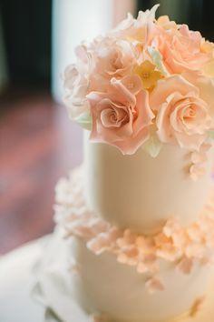 Beautiful blush sugar flowers tiered wedding cake // Top 10 Wedding Cake Vendors in Malaysia {Instagram: theweddingscoopmy}