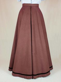 Edwardian Skirt Fan-Skirt worn about 1890 Sewing Pattern image 1 Edwardian Fashion, Vintage Fashion, Edwardian Clothing, Day Dresses, Evening Dresses, Umbrella Skirt, Vintage Outfits, Silk Taffeta, Historical Clothing