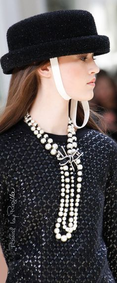 Regilla ⚜ Chanel, Fall 2016