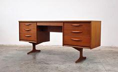 Grandfathers Axe. twentieth century vintage - TABLES/DESKS