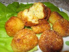 CHIFTELUTE DE POST DIN CARTOFI, poza 1 Yami Yami, Romanian Food, Relleno, Vegetable Recipes, Baby Food Recipes, Nutella, Baked Potato, Good Food, Food And Drink