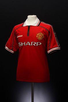 Manchester United Football Shirt (1998-2000)