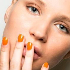 Top 7 Nail Designs from New York Fashion Week Spring 2017 Classy Nail Art, Pretty Nail Art, New York Fashion, Women's Fashion, Nails 2017 Trends, New Nail Designs, Check Designs, Orange Nails, Fabulous Nails