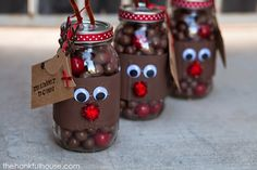 Reindeer Noses Mason Jar Gift by The Hankful House