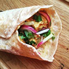 Csirkés tekercs - szuper street food Indiából - Helló Curry! Street Food, Paleo, Tortilla, Curry, Rolls, Ethnic Recipes, Curries, Buns, Beach Wrap