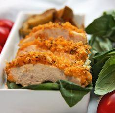 Stökkar og djúsí kjúklingabringur í parmesan raspi.
