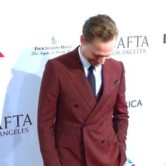 86 Best Tom Hiddleston images in 2018 | Tom hiddleston loki, Thomas