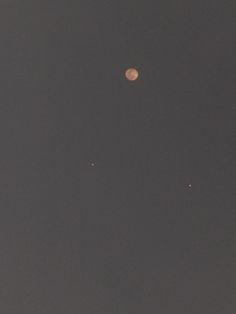 A lua e eu.