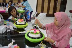 Pelatihan ketrampilan menghias pudding  telah dilaksanakan pada akhir Juni yang diikuti 322 peserta. Sedangkan pelatihan ketrampilan menghias kue tart telah dilaksanakan pada Agustus lalu yang diikuti 92 anggota.