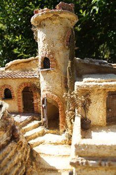 Orientalische Krippe für 10cm-Figuren Christmas Grotto Ideas, Bird Feeders, Diorama, Outdoor Decor, Crafts, Portal, Home Decor, Craft, Dollhouses