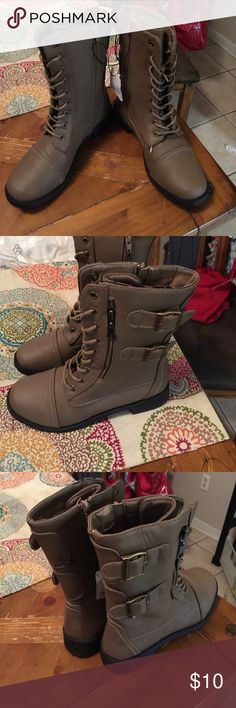 Boots Cute lace up boots zip on the inside size 6/7 Shoes Lace Up Boots
