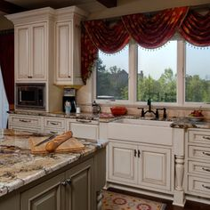 Ann Arbor Remodel Project - traditional - kitchen - detroit - by Epiphany Kitchens