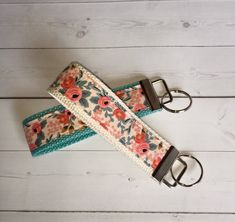 floral Key FOB / KeyChain / Wristlet flowers key chain Wrist Lanyard - graduation gift rosa peach gift - gift for her coworker Gifts For Boss, Gifts For Coworkers, Gifts For Her, Creeper Minecraft, Preppy Keychain, Keychain Wristlet, Key Keychain, Embroidery Designs, Applique Designs