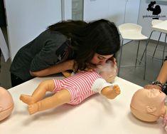 Cosas que toda madre y padre debería aprender a hacer, por si se da el caso: reanimación cardiopulmonar.