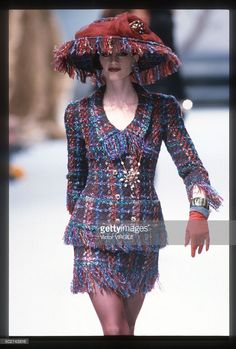 Kristen Mcmenamy walks the runway during the Chanel Haute Couture show as part of Paris Fashion Week Fall/Winter 1991-1992 in July, 1991 in Paris, France.