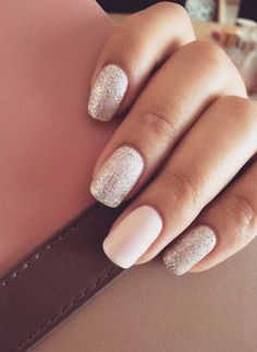 Silver-nails-with-a-plain-white-accent-nail Glitter Accent Nail Art Ideas for Accent Nails That Update Your Manicure bestnailartideas nails design Wedding Nails For Bride, Bride Nails, Prom Nails, Glitter Wedding, Weddig Nails, Wedding Makeup, Beach Wedding Nails, Simple Wedding Nails, Wedding Pedicure