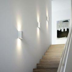 Ingressi, scale e corridoi, come illuminarli. - Questioni di Arredamento